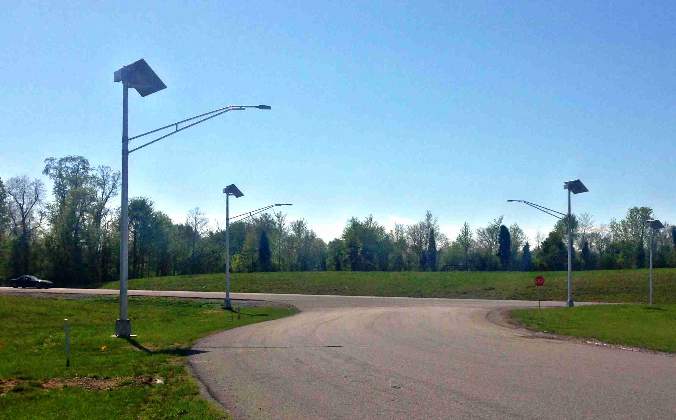 Solar led road lights provide great lighting to all types of roadways