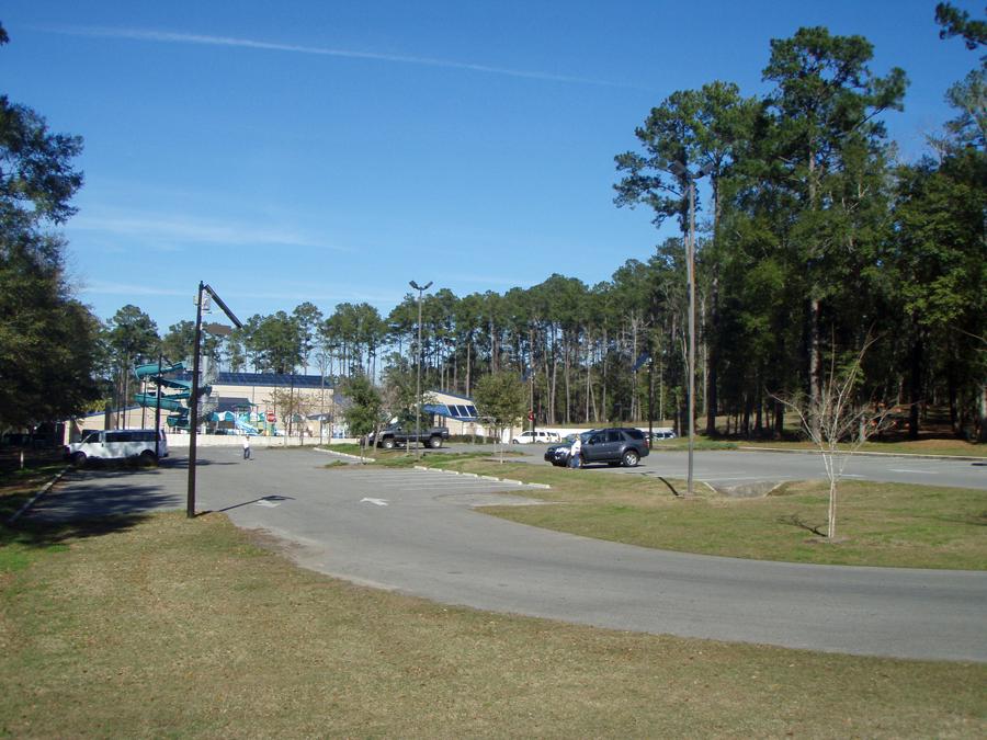 Solar Powered Parking Lot Lights