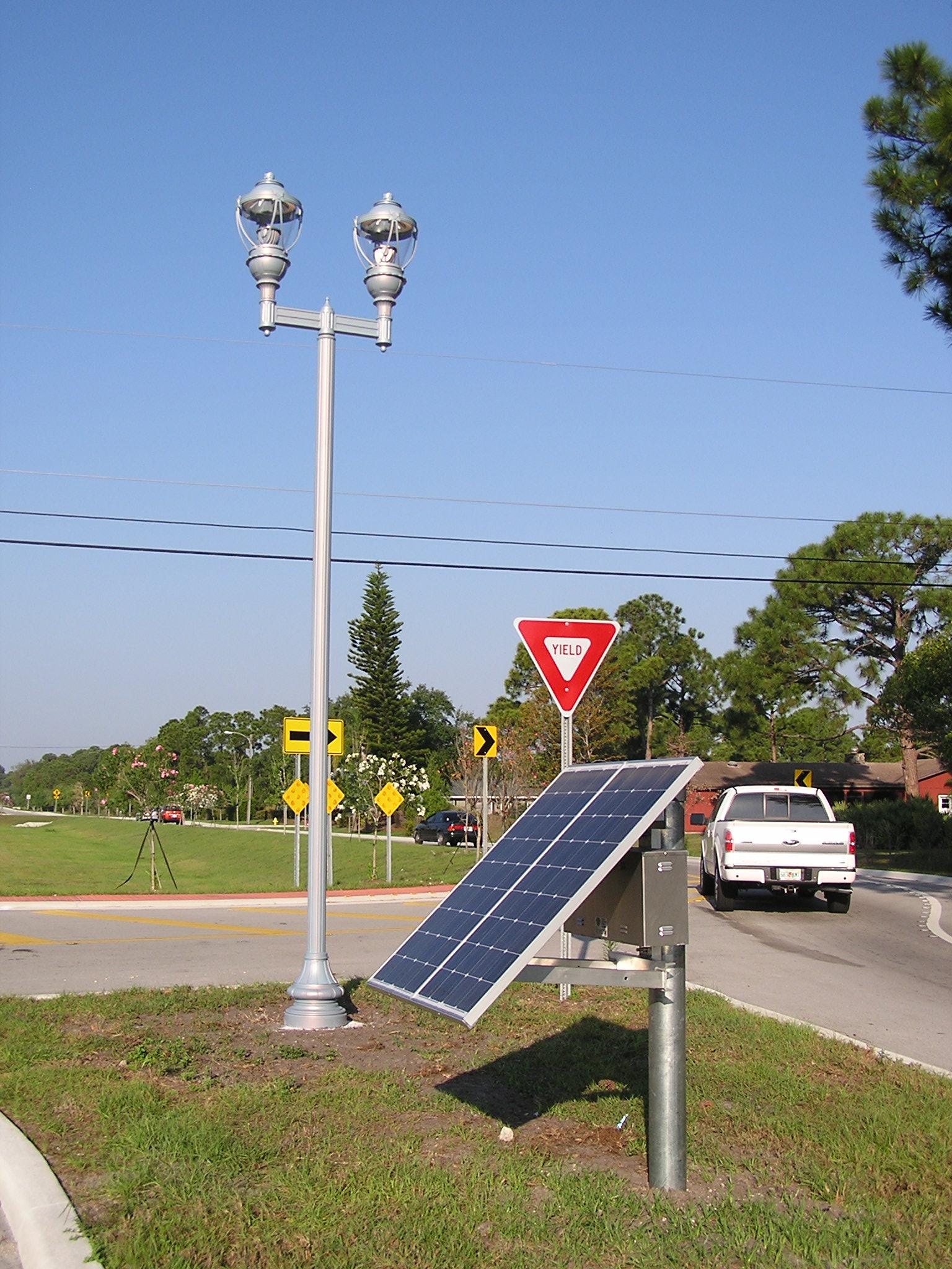 SolarLampPostLight