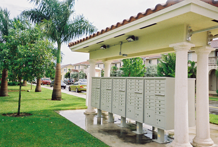 Subdivision Mailbox Solar Lighting