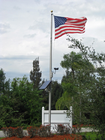 solar-flagpole-light
