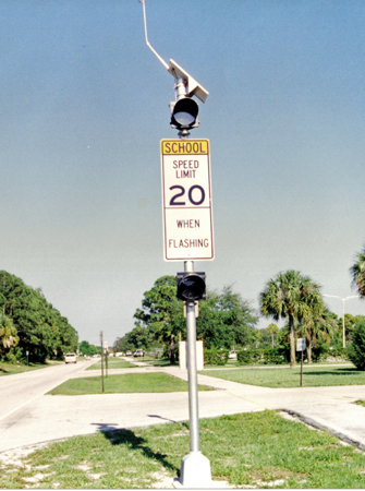 Solar School Zone Flashing Beacon