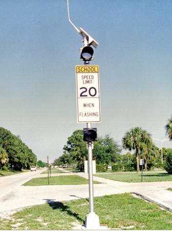 Solar School Zone Flashing Beacon