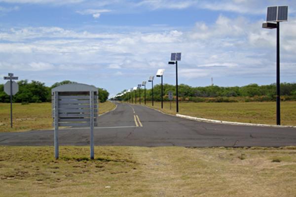 roadway lights solar powered