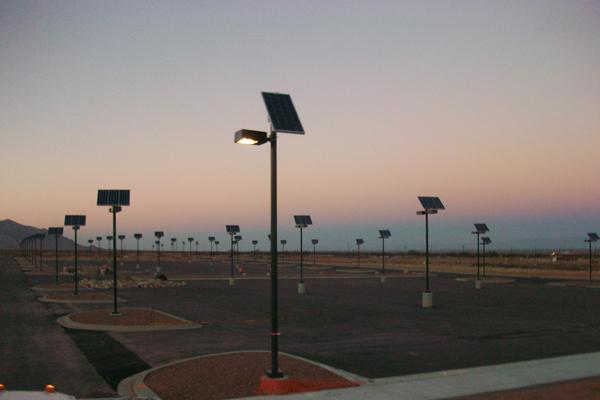 grid free solar outdoor parking lot lighting