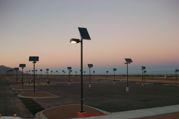 grid free solar outdoor parking lot lighting