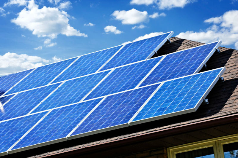 Solar_Panels_on_Roof