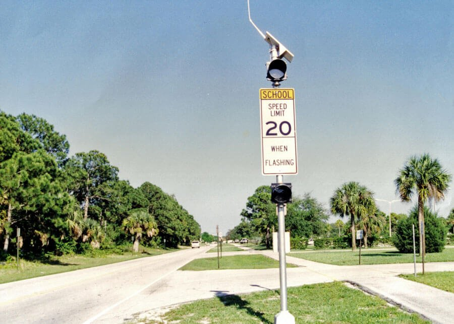 School-Zone-Flasher-1.jpg