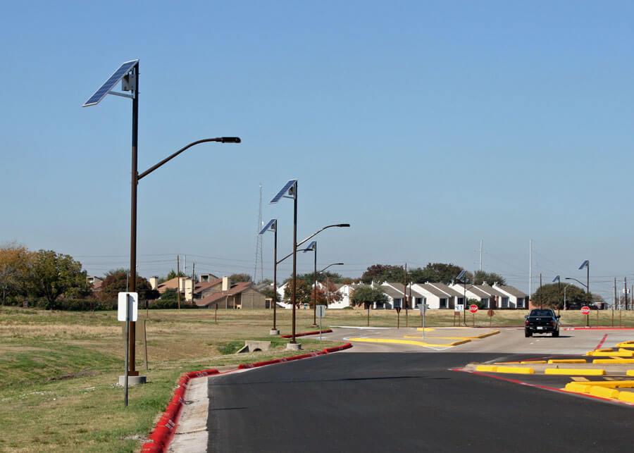 Dallas Community College Solar Street Roadway Lighting