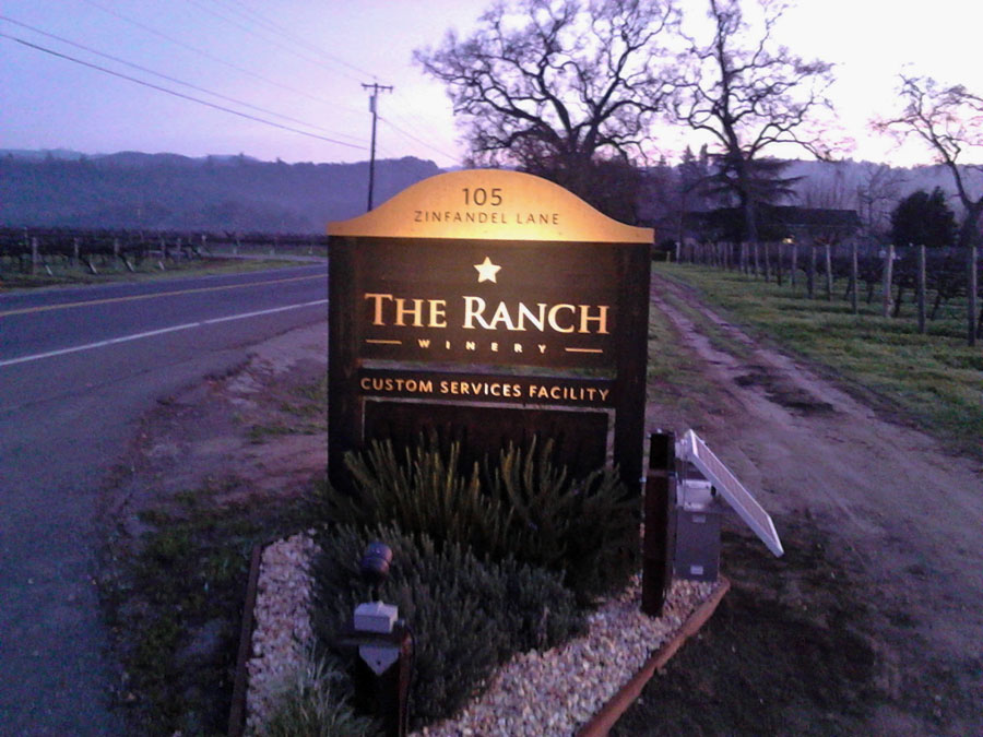 Ranch Winery Small Flood Sign Light