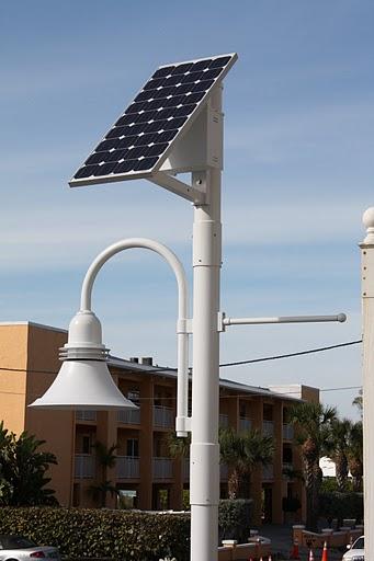 How Does A Solar Light Work