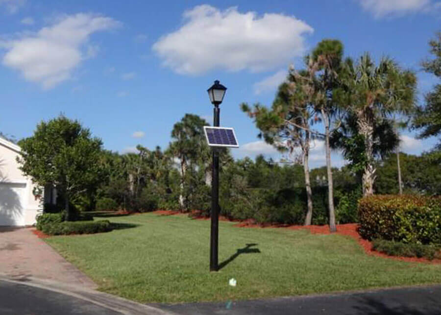 Willoughby Coach Light Fixture Solar Powered