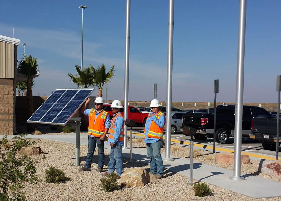 Strauss Union Pacific LED Solar Flag Lights
