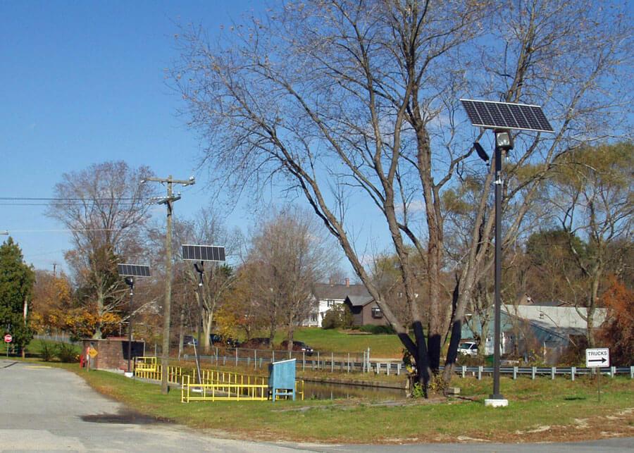 Rogers Corp SolarAlpha Style Flood Area Light