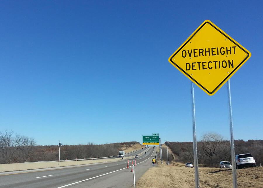 Vehicle Overheight Detection Solar Warning Flasher Light