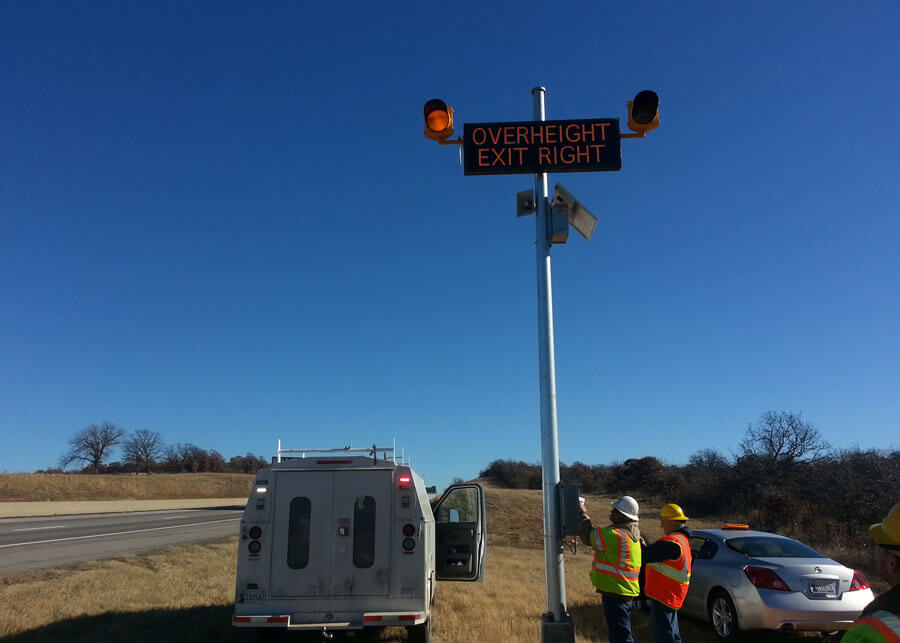 Vehicle Overheight Detection Solar Warning Flasher Lights