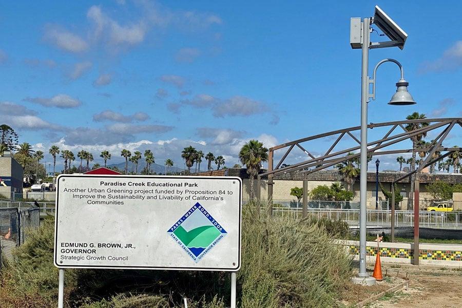 Paradise Creek SolarUrban Solar Pathway LED Lighting System